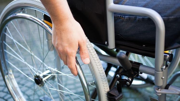 Zakaj vsi invalidi na usposabljanju niso plačani za…