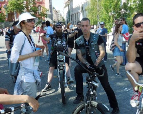 Kolesarski izlet po Plečnikovi Ljubljani,…